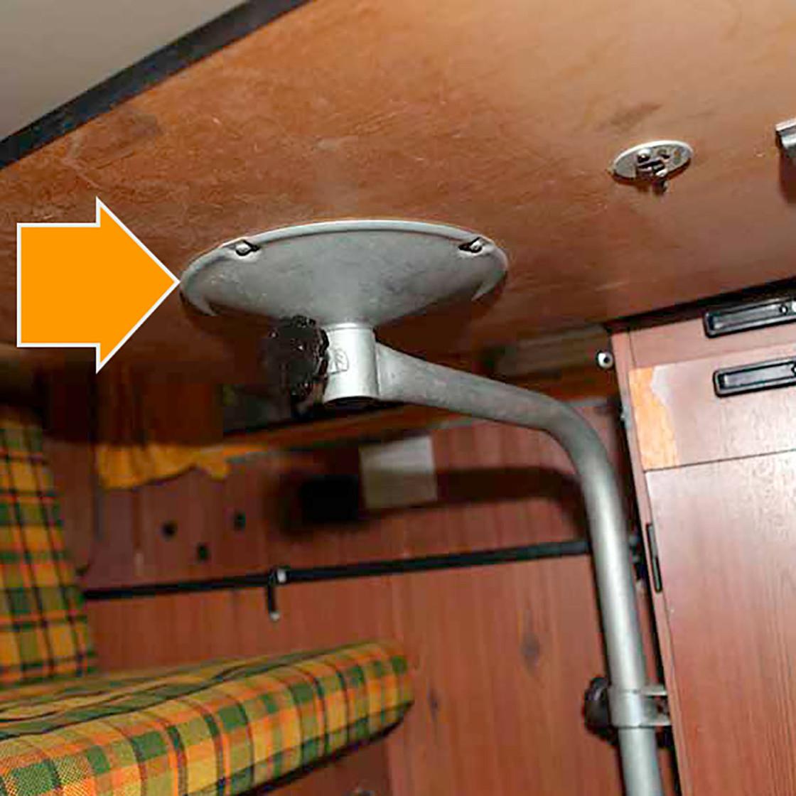 t2 tischbefestigung f r vw bus westfalia helsinki berlin. Black Bedroom Furniture Sets. Home Design Ideas